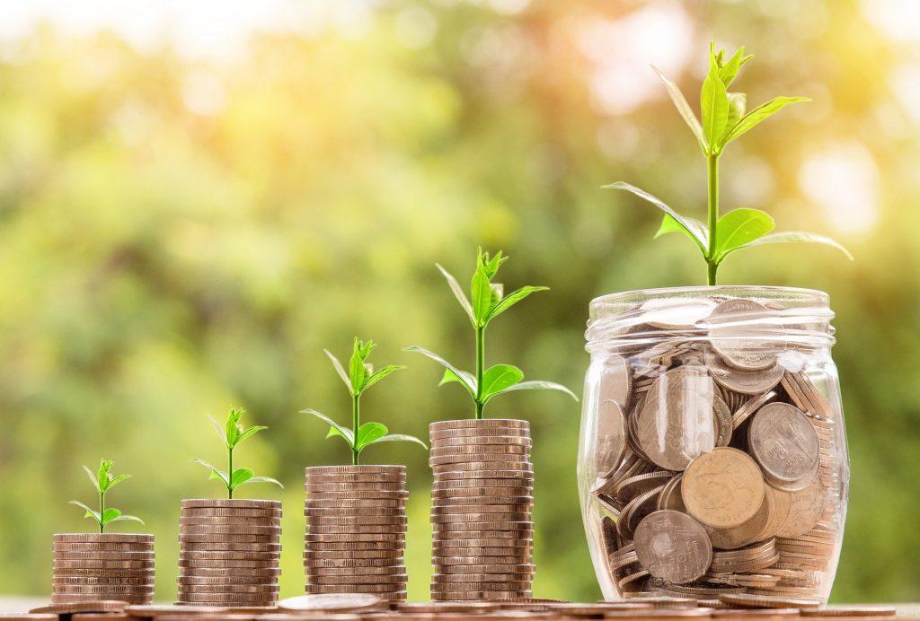 Wer das Soli Geld jetzt anlegt und seine Altersvorsorge ausbaut, hat später mehr zum leben.